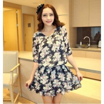 Fashion 3/4 Sleeve Floral Design Flare Dress