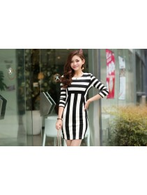 Fashion Black & White Stripe Design Dress